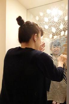 めぐたまキットパスミラーギャラリーVol.2 岡本典子さんの「コモレビ」(2014年7月14日〜)